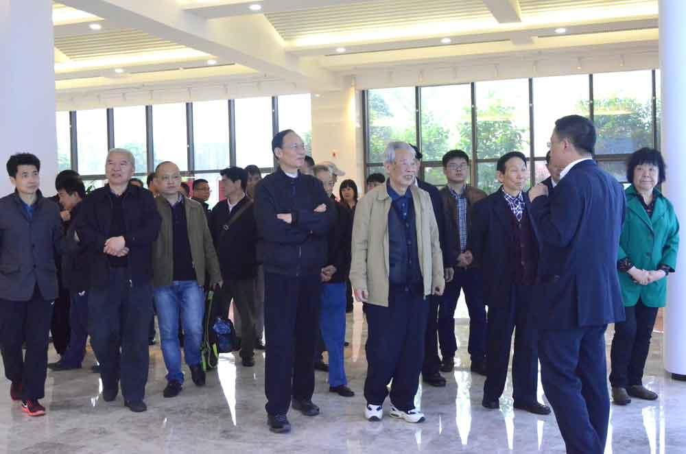 凝聚创建国家中心城市共识合力 长沙市委老领导来访三诺