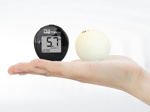 你见过乒乓球大小的血糖仪吗?三诺便携血糖仪真睿GO京东首发